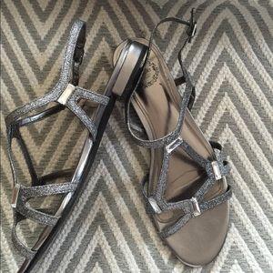 I Miller Women's Flat Sandals, Silver - 6 1/2